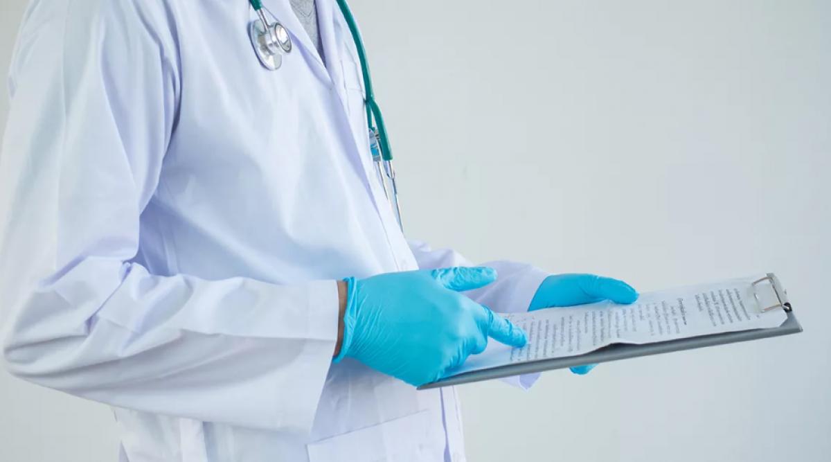Le juge affirme que les médecins peuvent refuser les patients transgenres