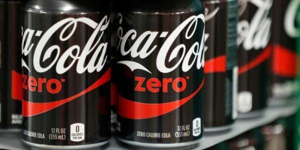 Les boissons sans sucres favorisent le diabète et l'obésité et vous tue à petit feu
