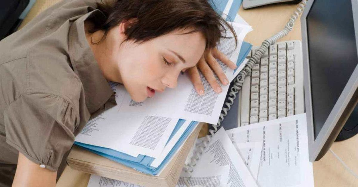 Les femmes doivent faire la sieste au travail selon une nouvelle étude