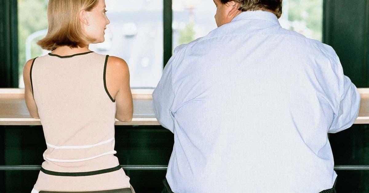 Les femmes préfèrent être en couple avec des vieux au gros ventre d'après une étude scientifique