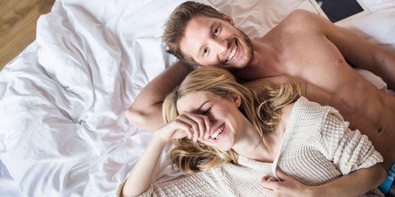 Les gens qui pètent devant leur compagnon ont une relation amoureuse plus forte