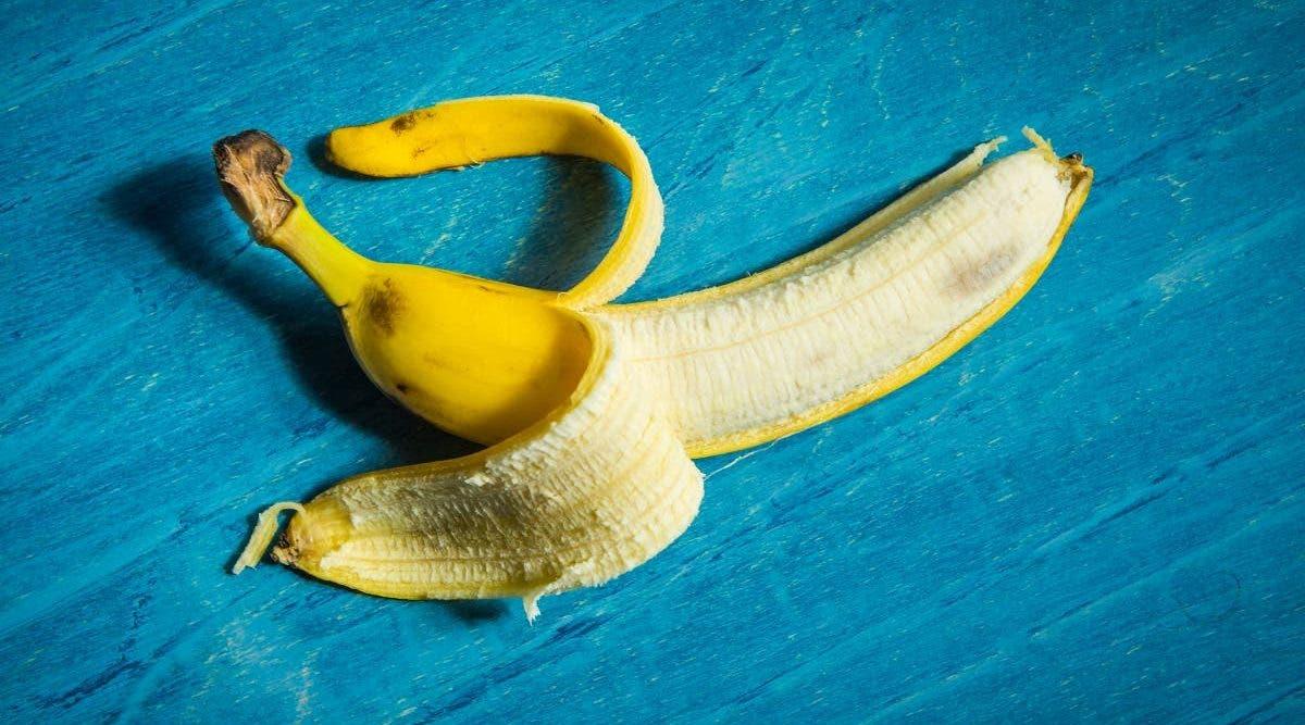 Les médecins déconseillent aux hommes d'utiliser la peau de banane pour se masturber