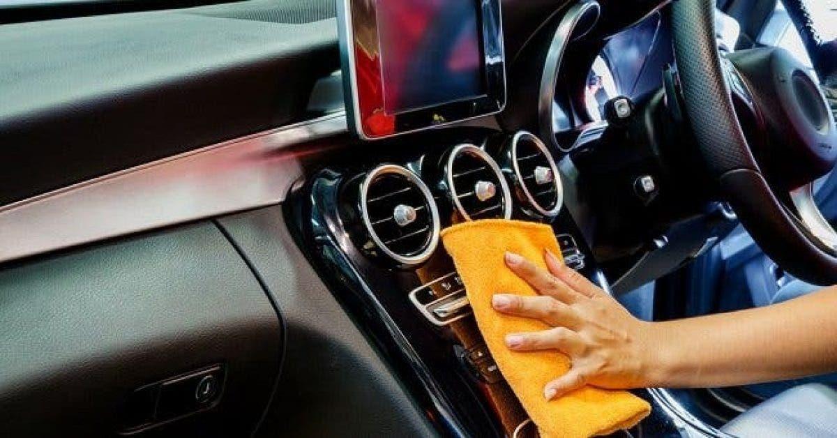 Les meilleurs conseils pour nettoyer minutieusement l'intérieur de votre voiture