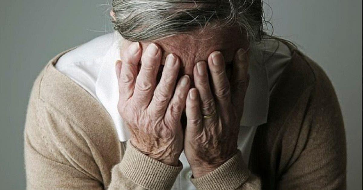 Les personnes qui font la sieste chaque jour ont un risque plus élevé d'avoir la maladie d'Alzheimer