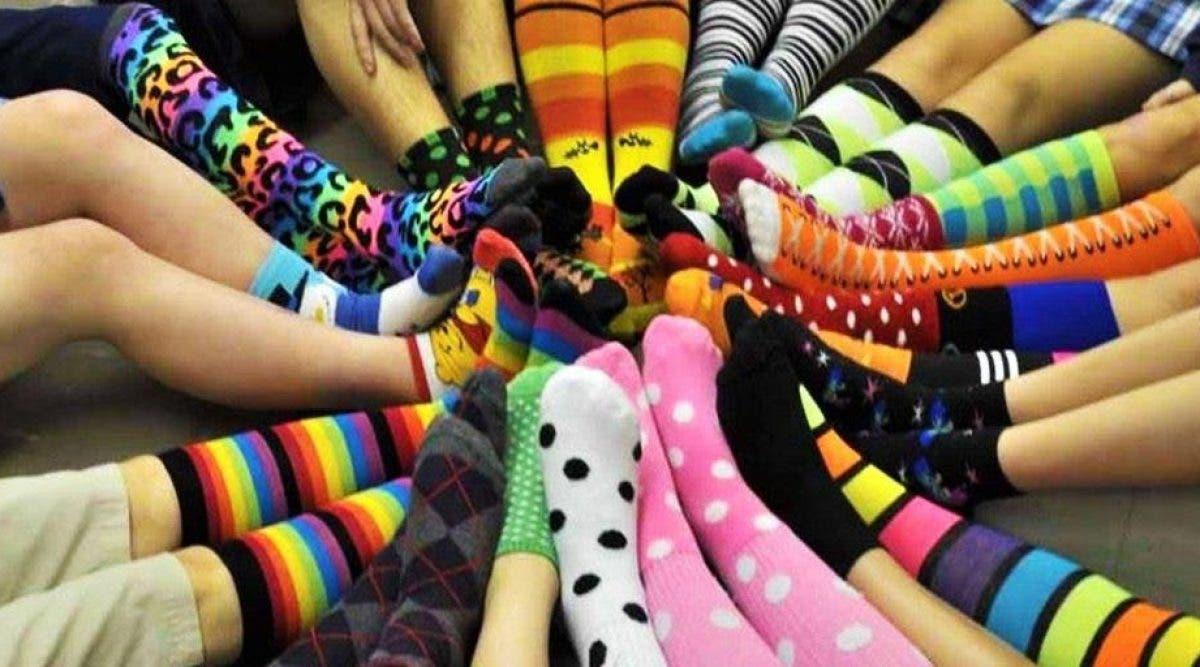 chaussettes très colorées sont plus brillantes
