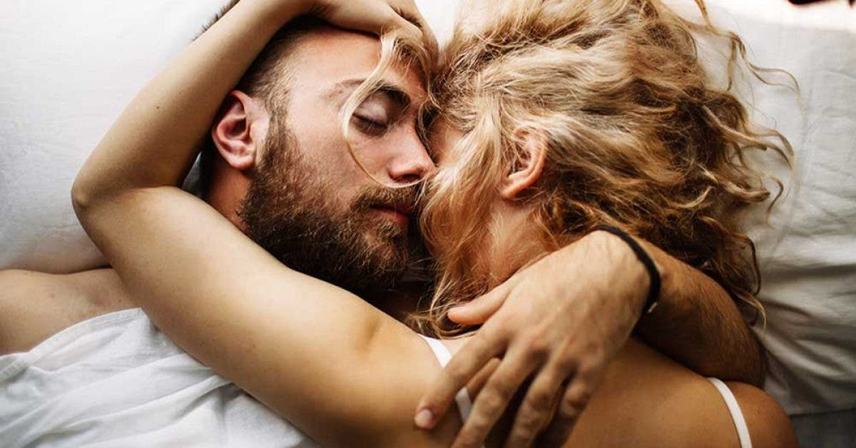 Les psychologues affirment qu'il faut faire l'amour le premier soir