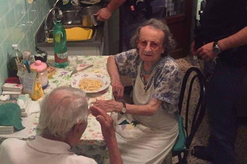 Les voisins entendent des pleurs et des cris dans la maison du couple de retraités