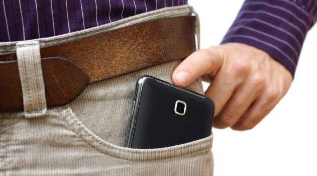 Mauvaise nouvelle pour les personnes qui mettent leur portable dans leur poche