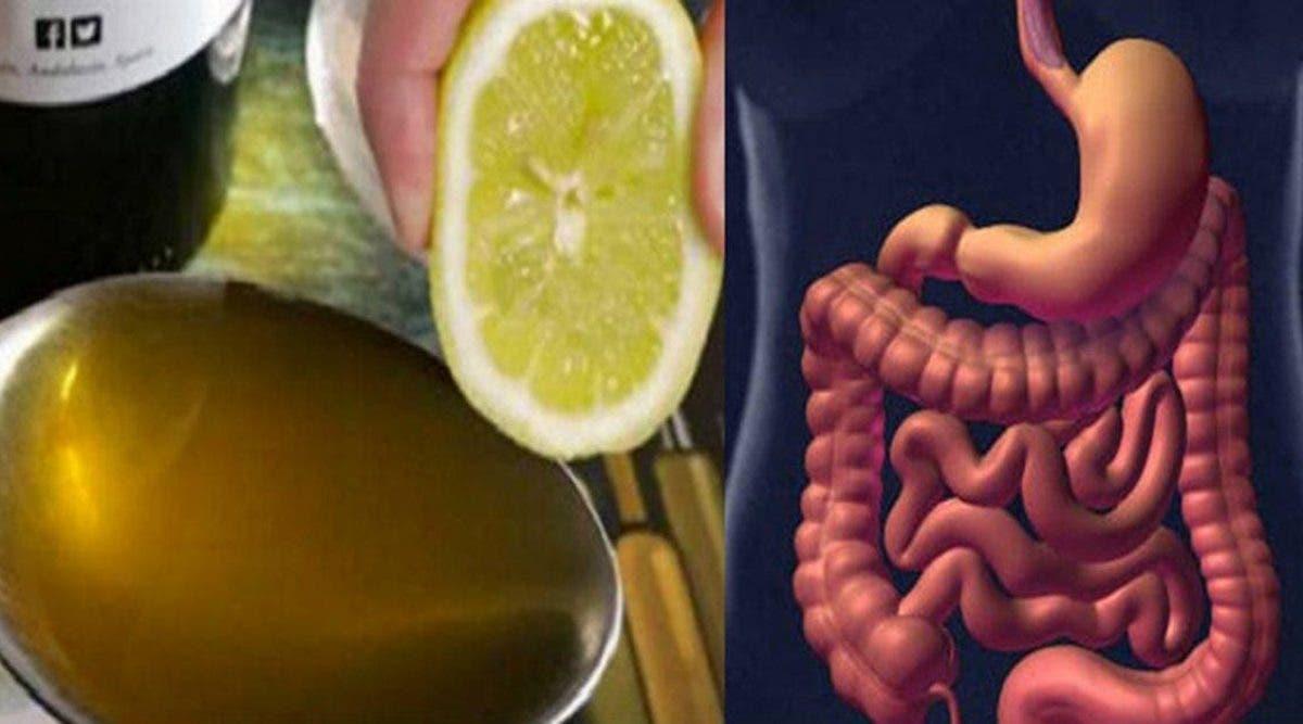 Mélangez une cuillère à soupe d'huile d'olive et de jus de citron