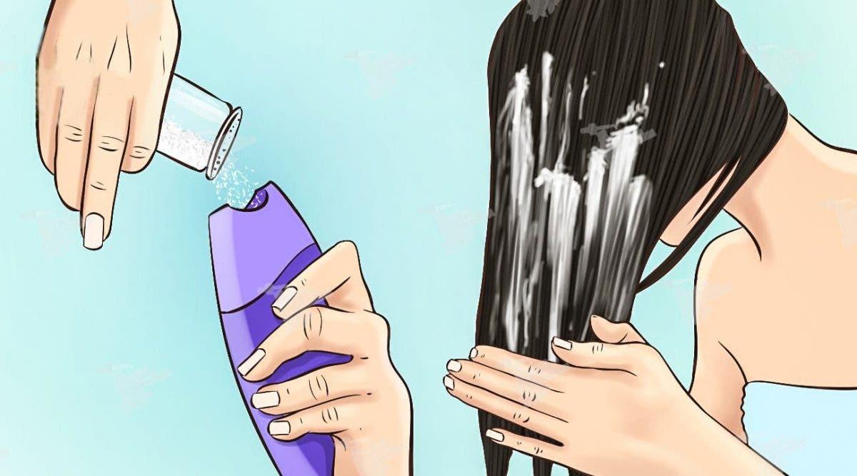 Mettez du sel dans votre shampoing avant de laver vos cheveux