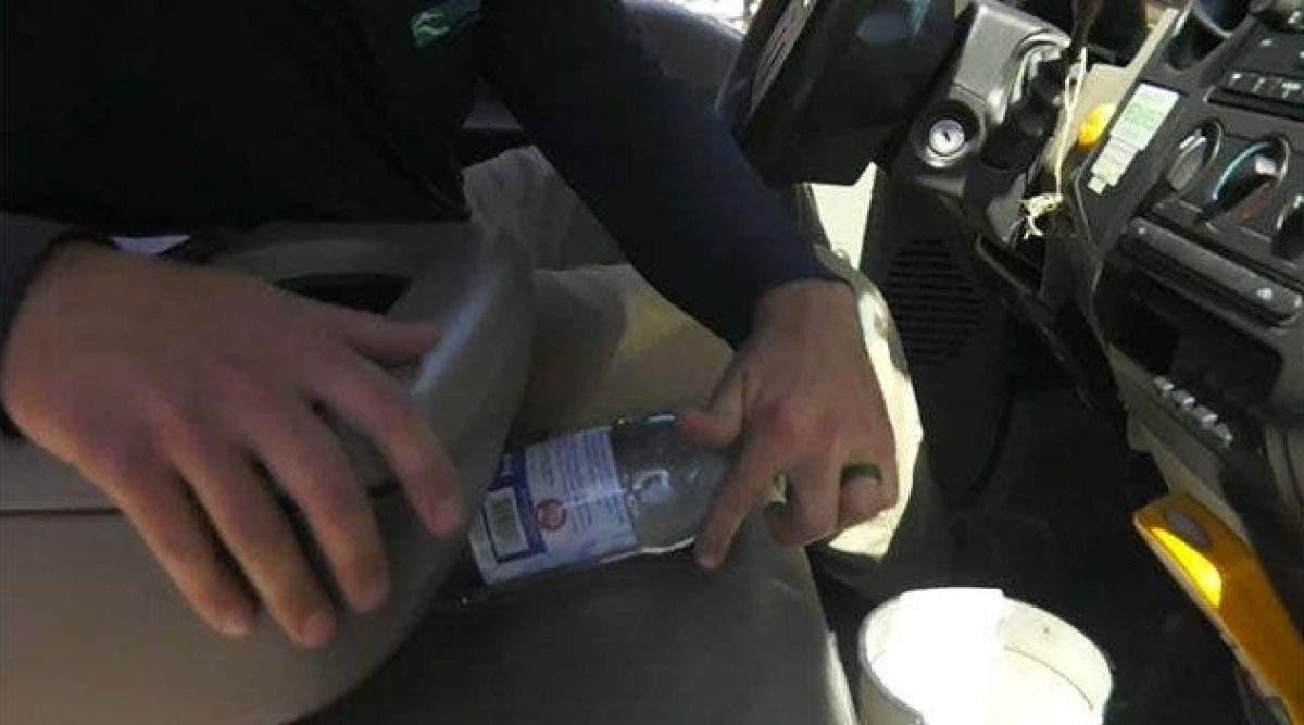 Ne laissez plus de bouteilles d'eau dans votre voiture