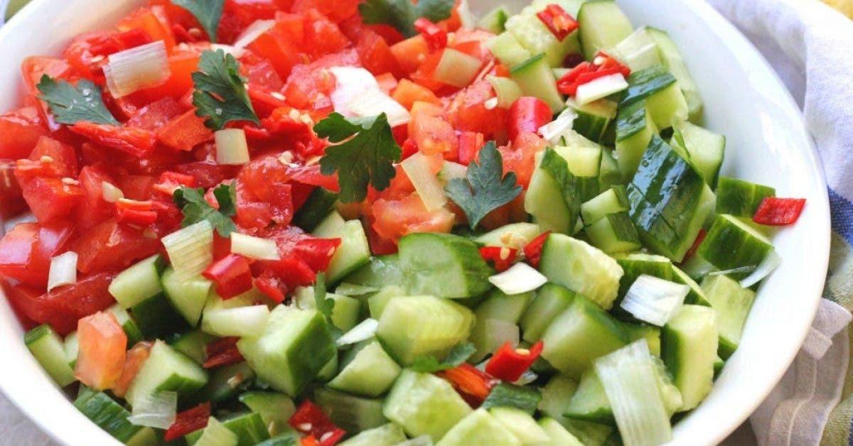 Ne mangez plus des concombres et tomates ensemble