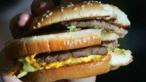 aca dans la quasi-totalité des hamburgers des Fast-Food