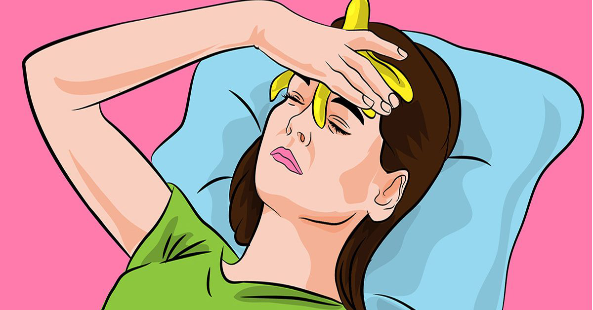 Placez une peau de banane sur votre front pour soulager un mal de tête ou une migraine