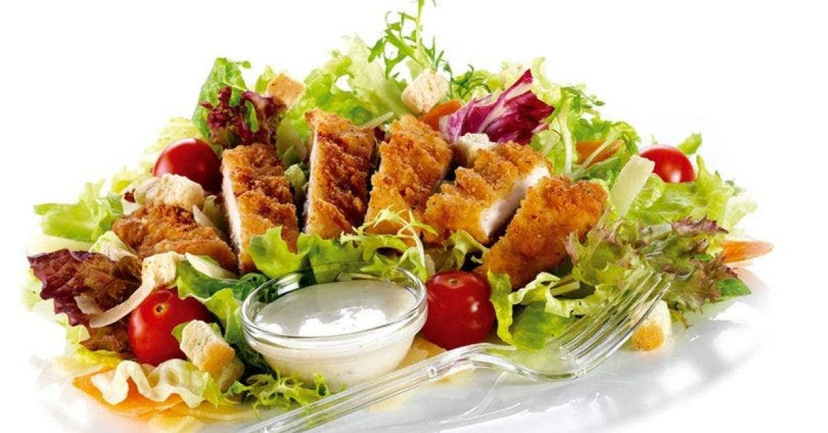 Plus de 500 clients de McDonald's malades après avoir mangé une salade contenant des excréments humains