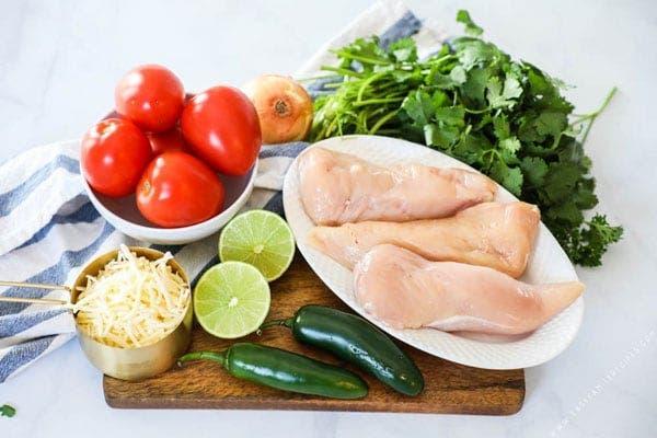 Délicieux poulet au four avec ses légumes
