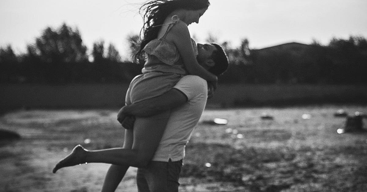 Restez seul jusqua ce que vous rencontriez quelquun qui vous aime et qui fait ces 8 choses pour vous