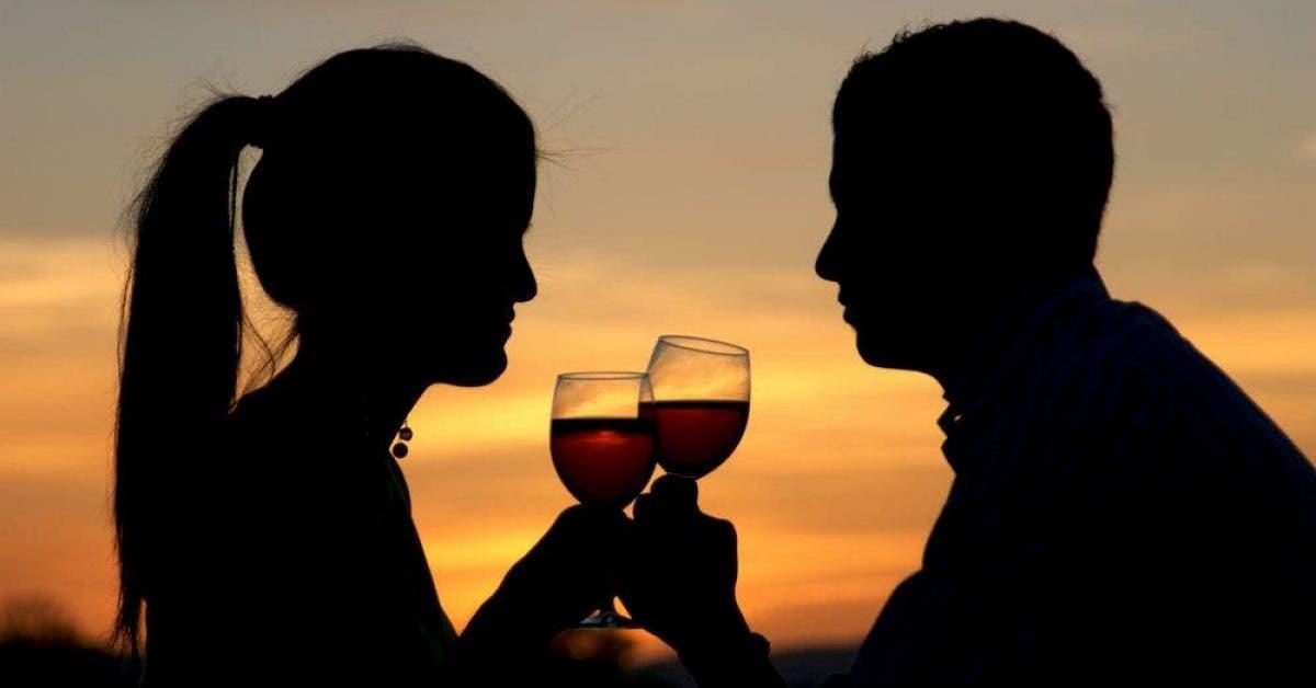 Sa femme lui demande dinviter une autre femme quelle a diner... Finalement ce fut la meilleure idee du monde 1