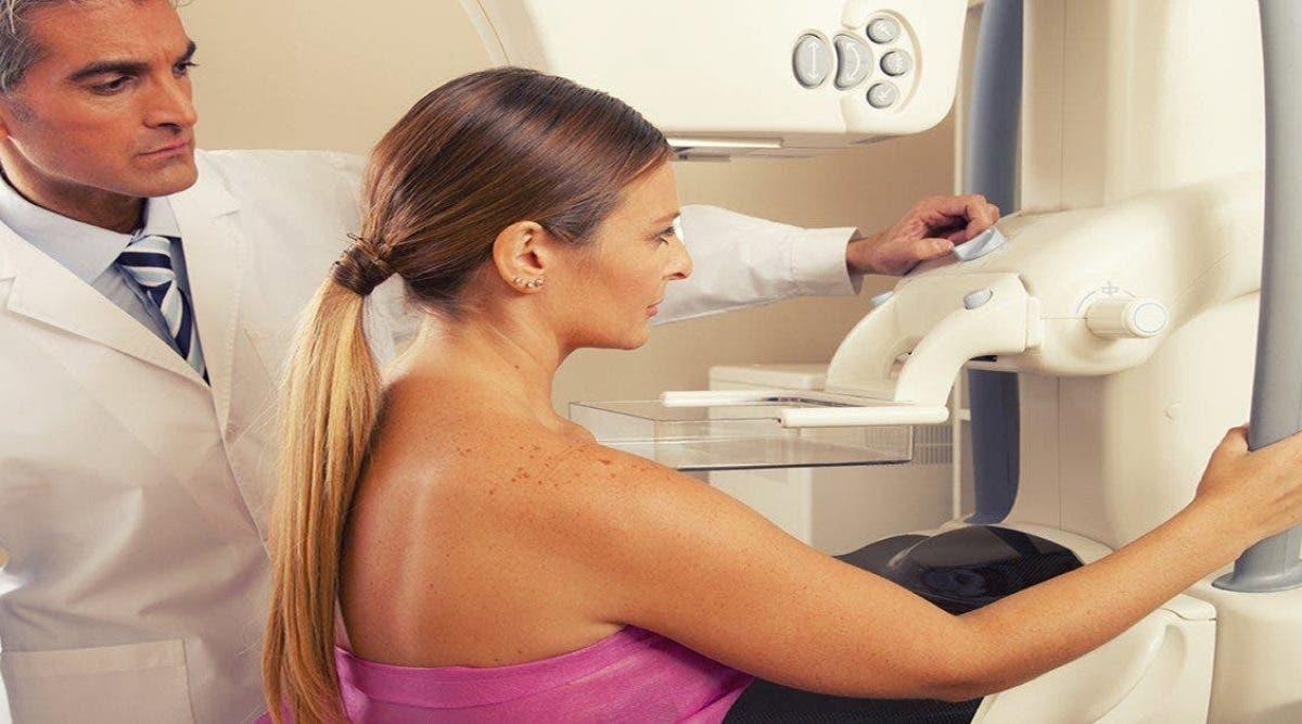 Si vous repérez ces 5 signes du cancer du sein consultez votre médecin