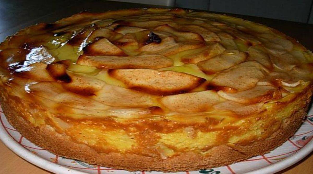 Tarte-flan aux pommes à l'ancienne, sans sucre et délicieuse