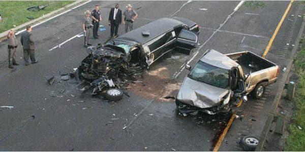Un conducteur ivre heurte une voiture de mariage
