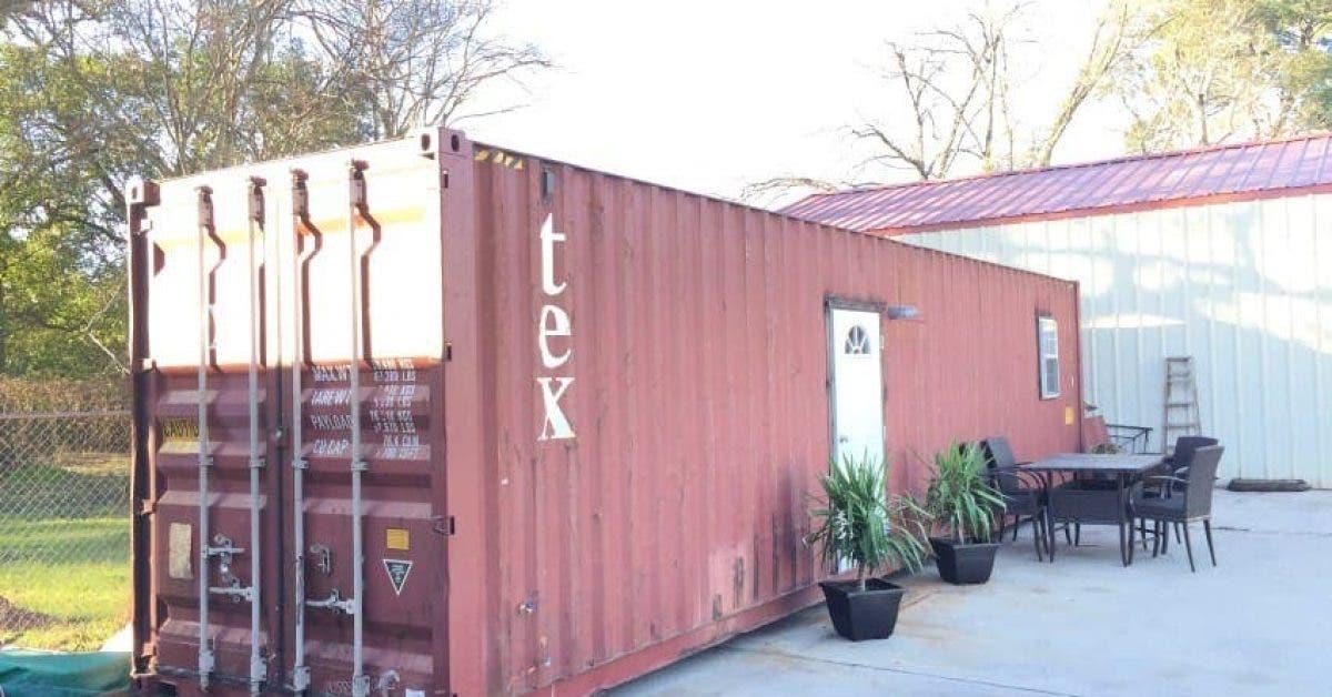 Un conteneur de stockage qui semble ordinaire à l'extérieur est une belle maison à l'intérieur