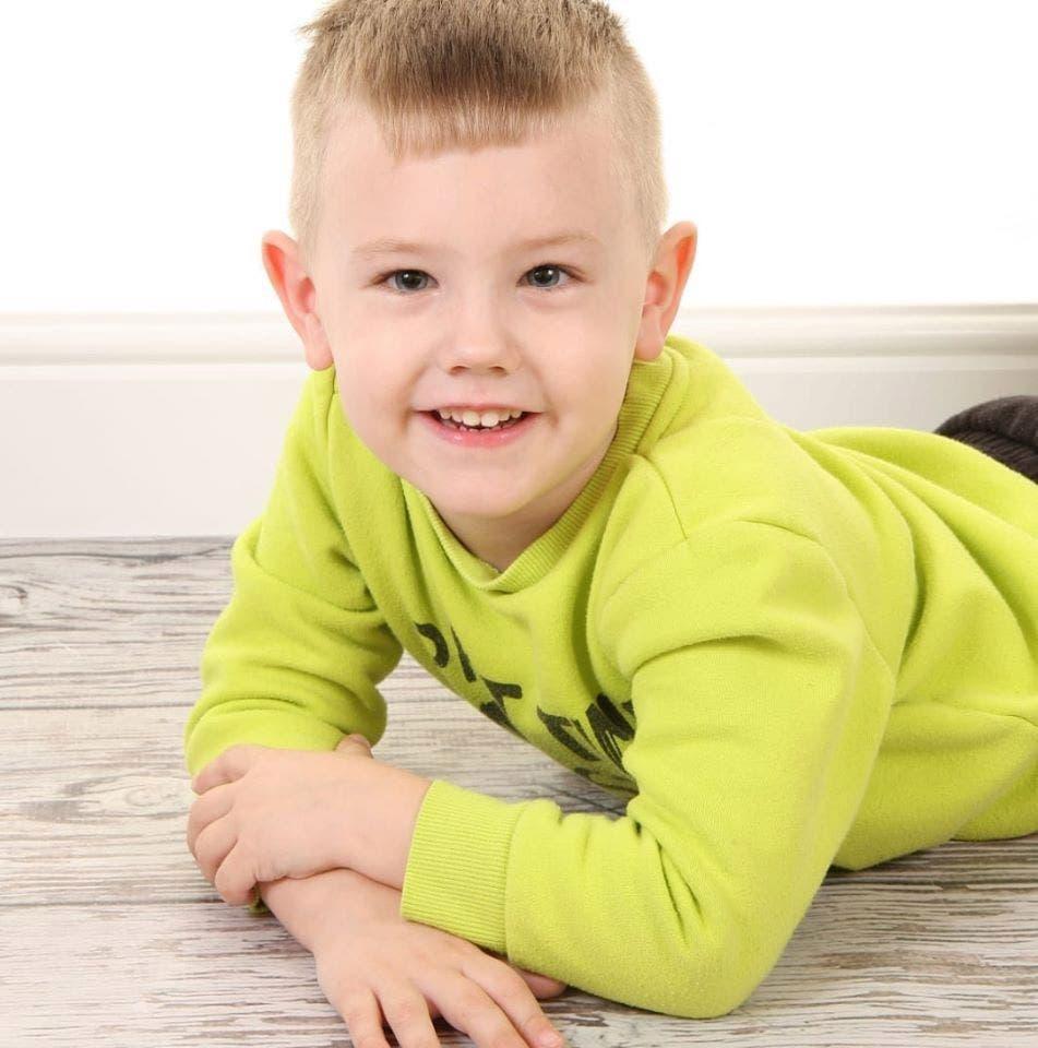 Un garçon de 4 ans retrouvé mort dans son lit