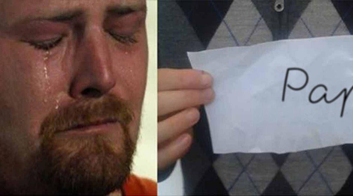 Un papa entre dans la chambre impeccablement rangée de son fils et tombe sur une lettre qui va le dévaster