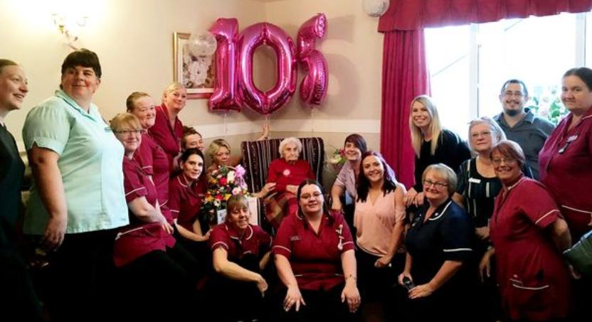 Une ancienne infirmière de 105 ans affirme que pour vivre longtemps