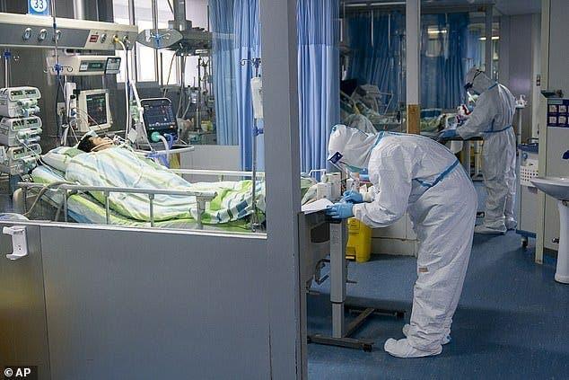Une chaine de télévision diffuse des images de personnes qui auraient guéri du coronavirus