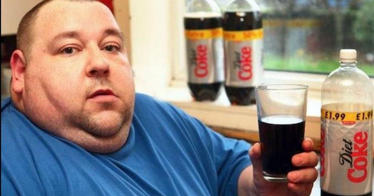 Une étude massive de 10 ans a lié le soda light aux crises cardiaques et aux accidents vasculaires cérébraux