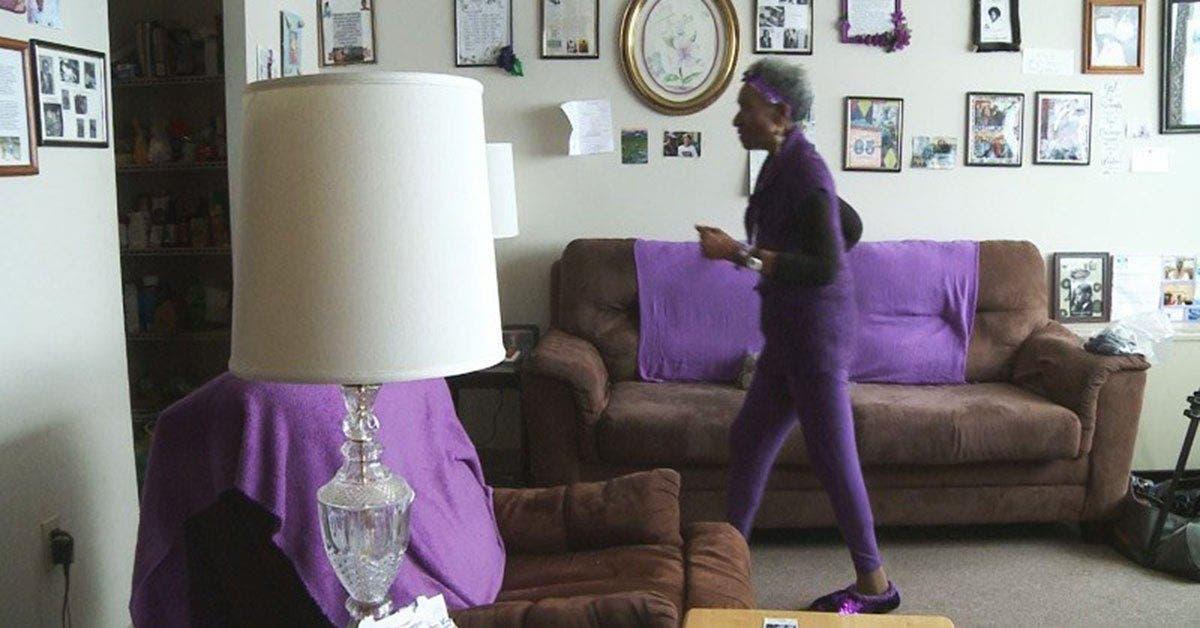 Une femme de 86 ans a perdu 54 kg en faisant de la marche dans son salon