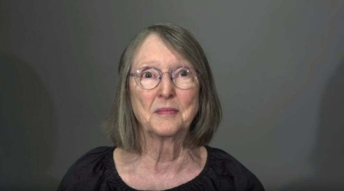 Une femme en deuil de 76 ans subit un relooking radical