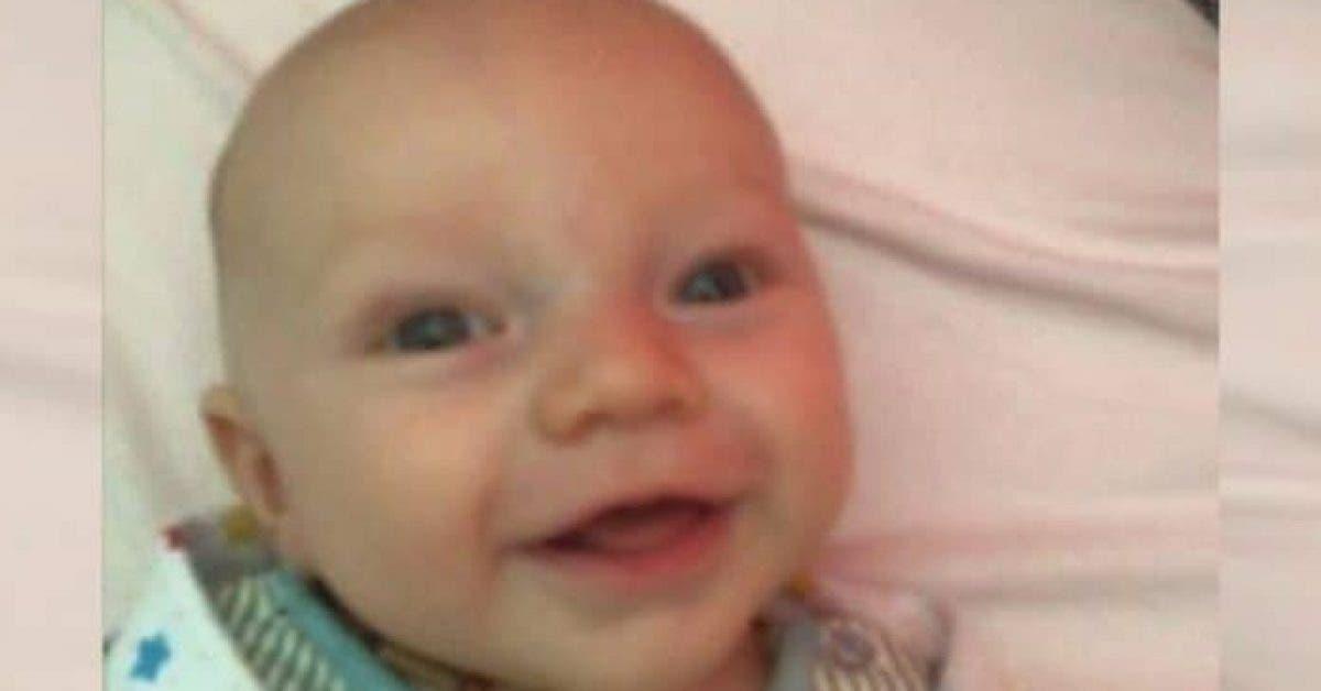 Une maman laisse son bébé de 11 semaines avec une baby-sitter