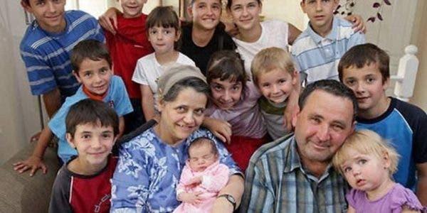 Une roumaine donne naissance à son 18ème enfant à l'âge de 44 ans
