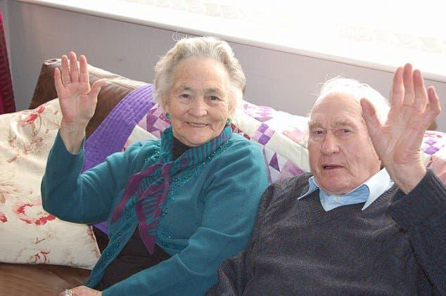 Une vieille dame de 91 ans meurt 4 minutes après son mari de 93 ans !