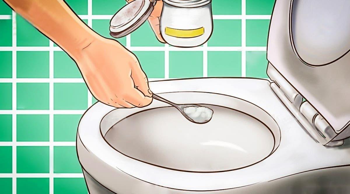 Utilisez de le bicarbonate de soude pour les toilettes sentent toujours bon