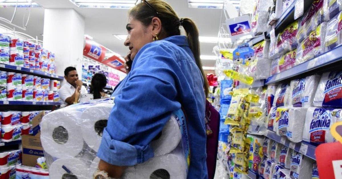Virus : voici pourquoi les gens achètent désespérément du papier toilette