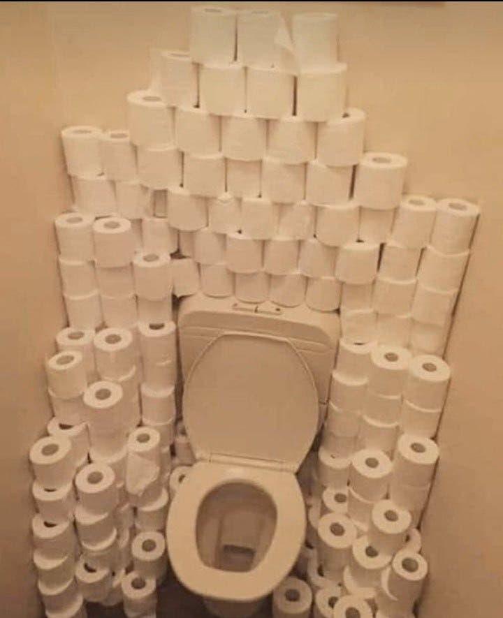voici pourquoi les gens achètent désespérément du papier toilette