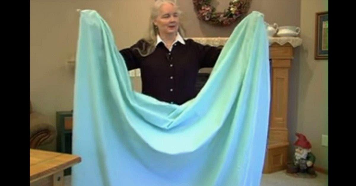 Voici comment plier un drap housse en moins dune minute scaled 2