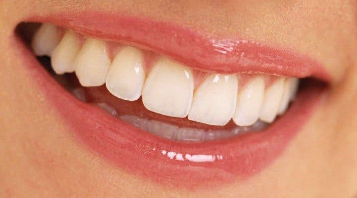 Voici comment protéger et renforcer votre émail dentaire