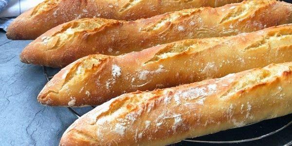 Voici comment redonner du croustillant à vos pains rassis Site