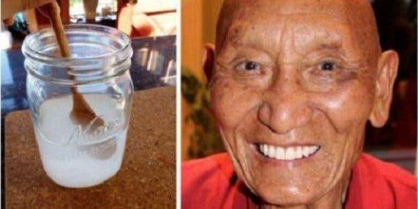 Voici le secret des moines tibétains pour avoir des dents blanches et fortes jusqu'à la vieillesse