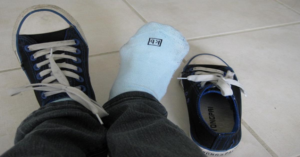 Voici pourquoi porter vos chaussures a la maison est dangereux 1