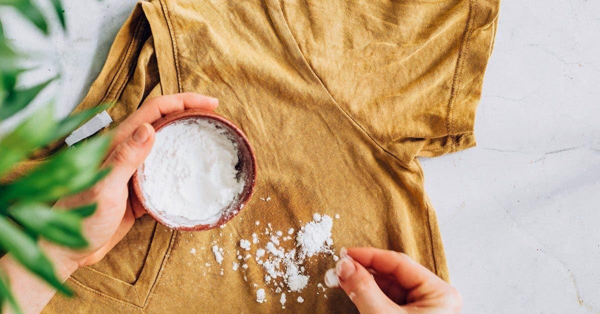 Vous avez des taches d'huile sur un vêtement ? 4 méthodes ingénieuses pour éliminer les taches d'huile incrustées