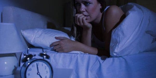 Vous vous réveillez toutes les nuits à la même heure