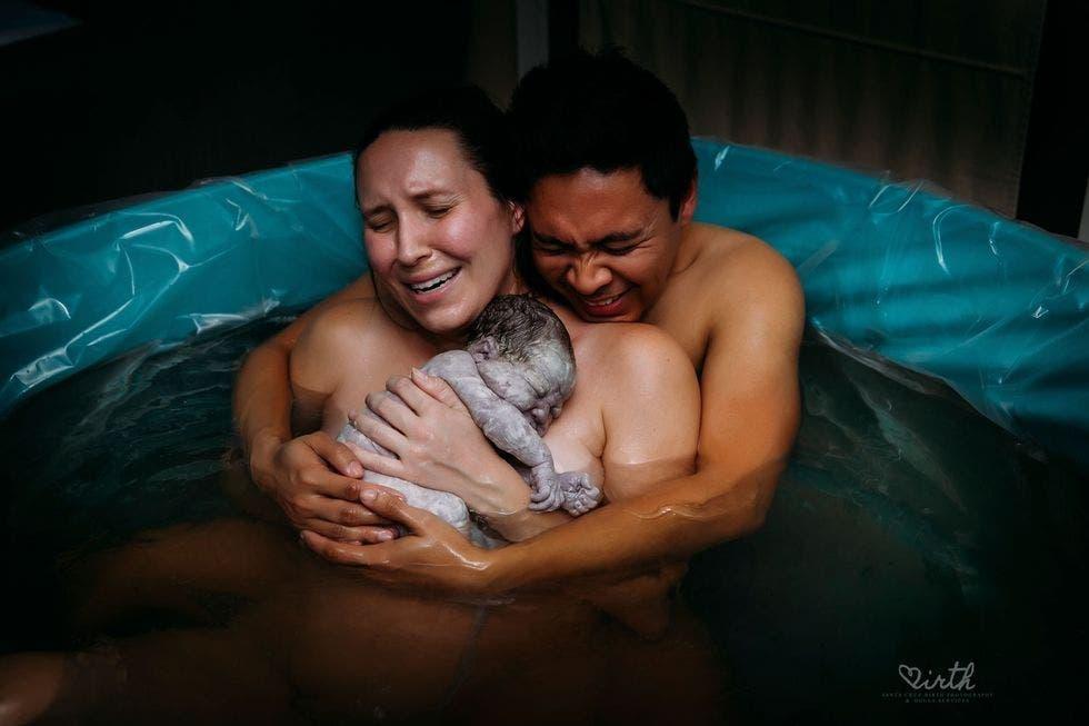 accouchement dans l'eau
