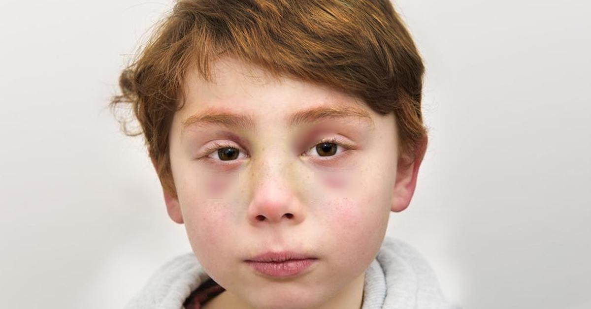 adieu-petit-ange-les-medecins-trouvent-une-lettre-dechirante-dans-les-mains-dun-garcon-de-7-ans-mort-battu-par-ses-parents