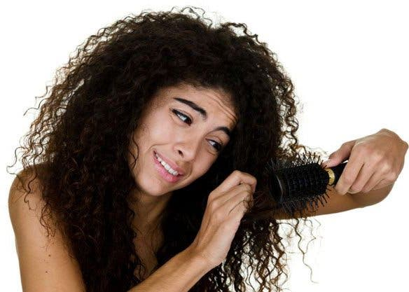 brossage cheveux bouclés