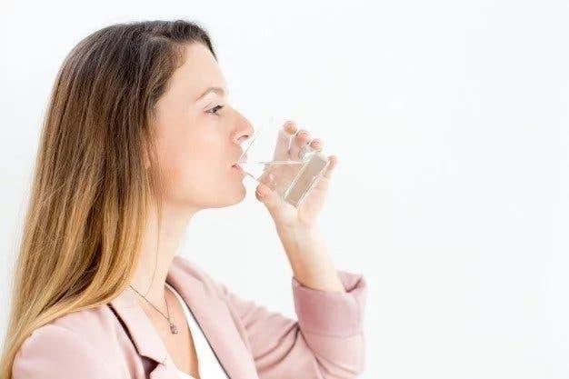 A quel moment faut il boire de l'eau pour perdre du poids